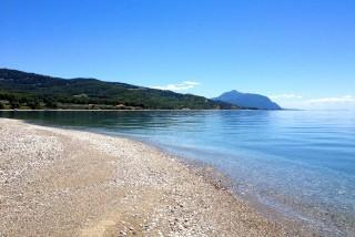 beach-evoia-01